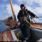 að stýra James Caird II leiðangursbátnum okkar úr Shackleton 2000 leiðangrinum við Suðurskautslandið©Arved Fuchs